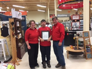 Presentation of the letter of recognition to the owners of Home Hardware